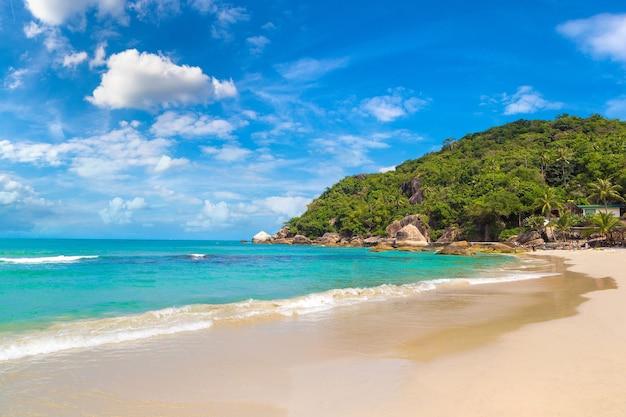 Silver beach op het eiland koh samui, thailand