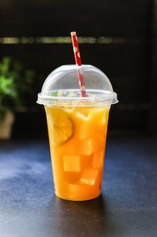 Sinaasappelsapdrank of limonade citrus mandarijn
