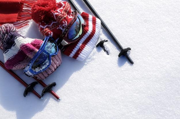 Ski-en sneeuw achtergrond