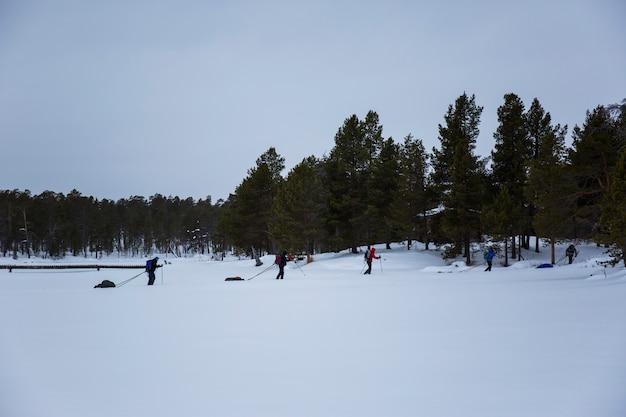 Ski-expeditie in inari lake