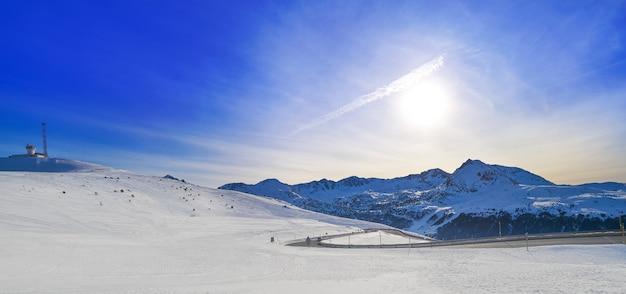Skigebied grandvalira in andorra pas de la casa