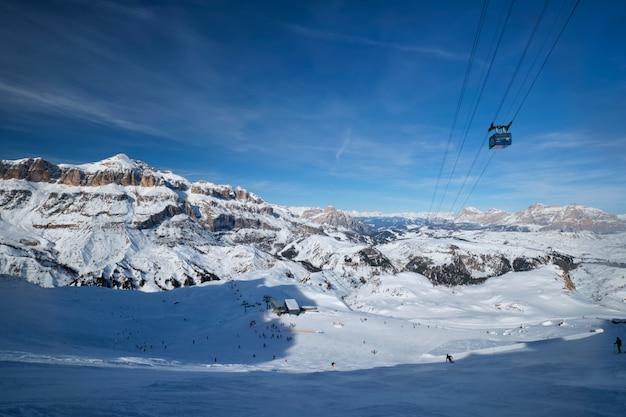 Skigebied in de dolomieten, italië
