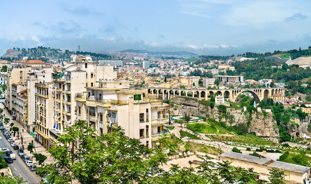 Skyline van constantijn, een grote stad in algerije