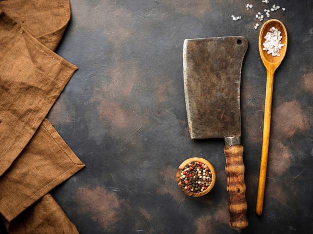 Slagers vintage hakmes met kruiden