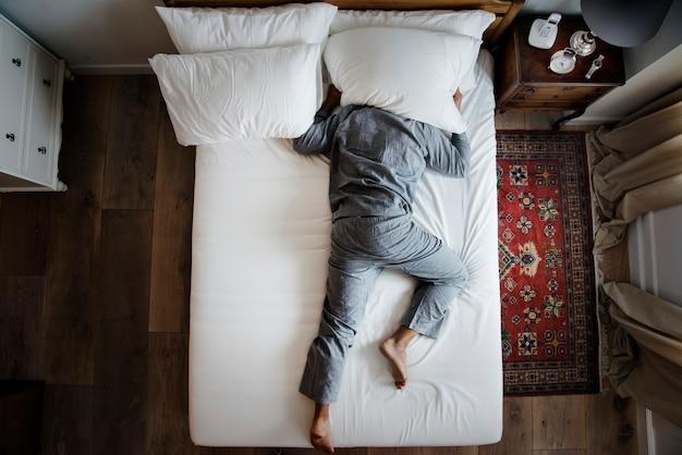 Slapeloosheid en geluidsoverlast concept