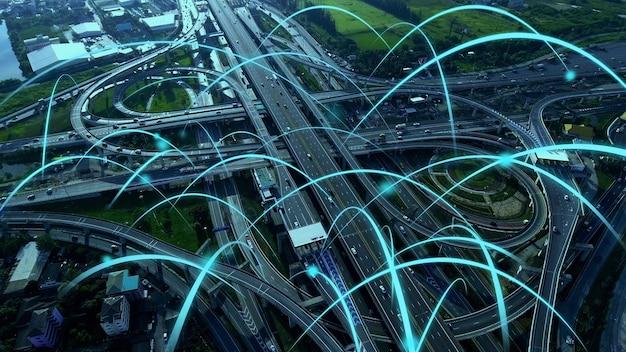 Slimme digitale stadssnelweg met globaliseringsgrafiek van verbindingsnetwerk