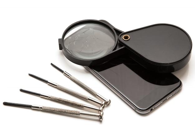 Slimme telefoon en hulpmiddelen voor reparatie
