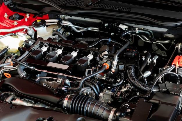 Sluit omhoog detail van nieuwe motor van een auto motor van een autodeel