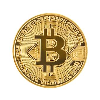 Sluit omhoog gouden munt met bitcoinsymbool dat op witte achtergrond met het knippen van weg wordt geïsoleerd