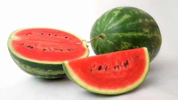 Sluit omhoog mening van geïsoleerde watermeloen