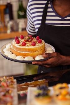 Sluit omhoog mening van smakelijke cake
