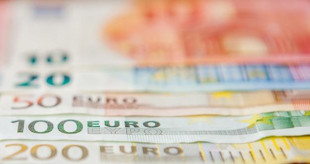 Sluit omhoog op diverse europapieren rekeningen