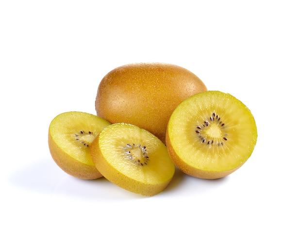 Sluit omhoog op gele gouden geïsoleerde kiwi Premium Foto
