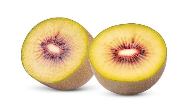 Sluit omhoog op half rood geïsoleerd kiwifruit
