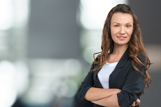 Sluit omhoog portret van het professionele bedrijfsvrouw glimlachen