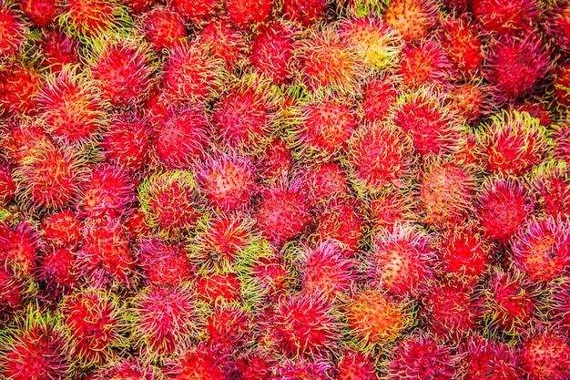 Sluit omhoog rambutan vruchten achtergrond
