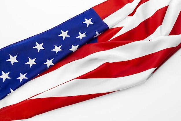 Sluit omhoog van amerikaanse vlag de vs op vlakte