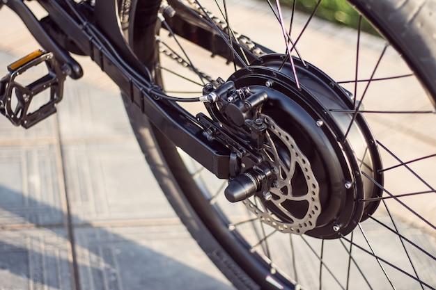 Sluit omhoog van motor elektrische fiets