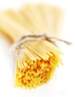 Sluit omhoog van ongekookte spaghetti