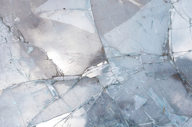 Sluit spiegelglas omhoog gebarsten gebarsten textuurachtergrond, ongevallendaling neer.