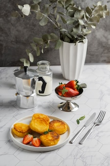 Smakelijk ontbijt met hoge hoek