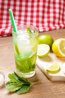 Smakelijke mojito-cocktail