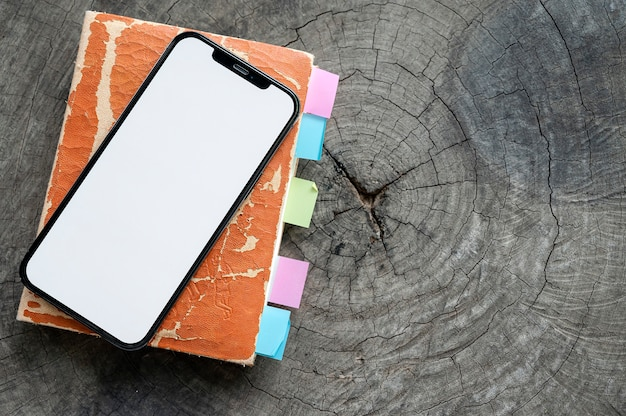 Smartphone met wit scherm
