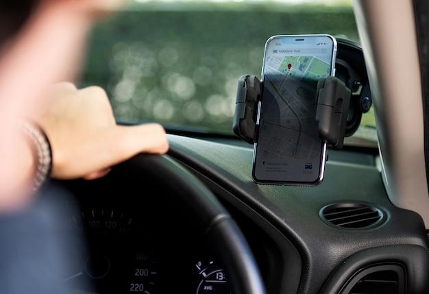 Smartphone-navigatie voor autorijden