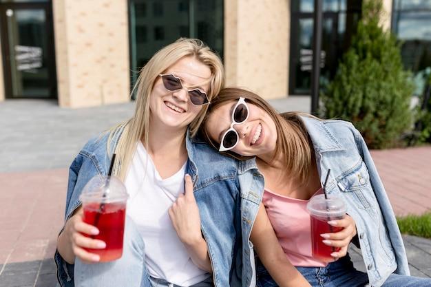 Smiley beste vrienden die plezier hebben