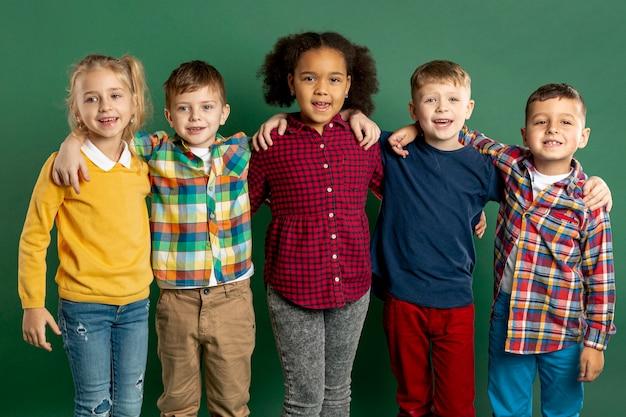 Smiley jonge kinderen