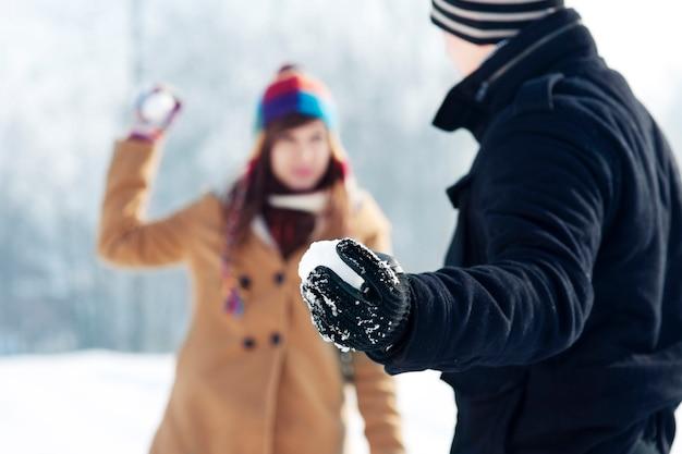 Sneeuwballen gevecht!