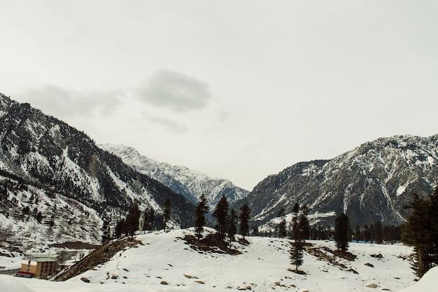 Sneeuwberg in kalam-landschap van het mutterlandschap