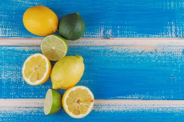 Snijd citroenen en limoenen