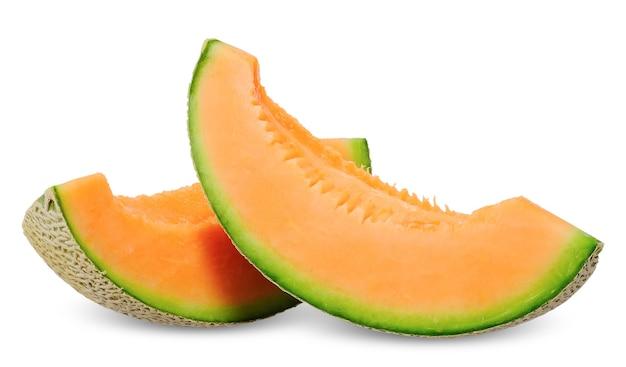 Snijd meloen oranje kleur binnenkant geïsoleerd op wit. meloen uitknippad