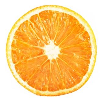 Snijd rijpe oranje citrusvruchten die op wit worden geïsoleerd.