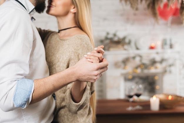 Snijd sensueel paar in dans