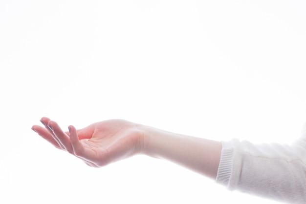 Snijd uitgerekte hand