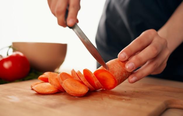 Snijden groenten koken voedsel gezonde voeding dieet voedsel economie.