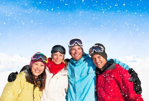 Snowboarders op een berg