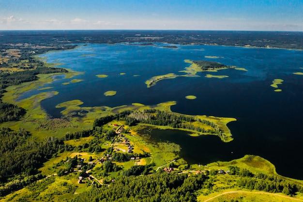 Snudy en strusto meren in het braslav lakes national park