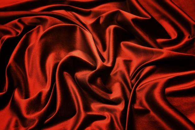 Soepele elegante donkeroranje zijde voor gebruik.