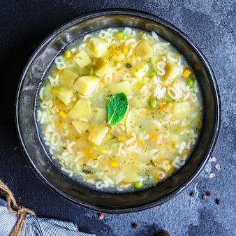 Soepgroenten en pasta