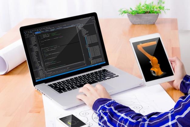 Software-ingenieur op het werk