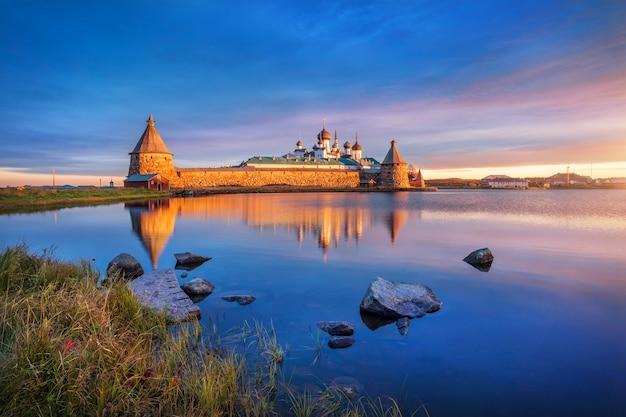 Solovetsky-klooster op de solovetsky-eilanden