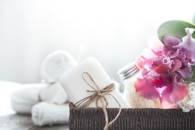 Spa items met orchidee