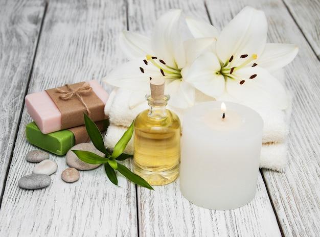 Spa-producten met witte lelie