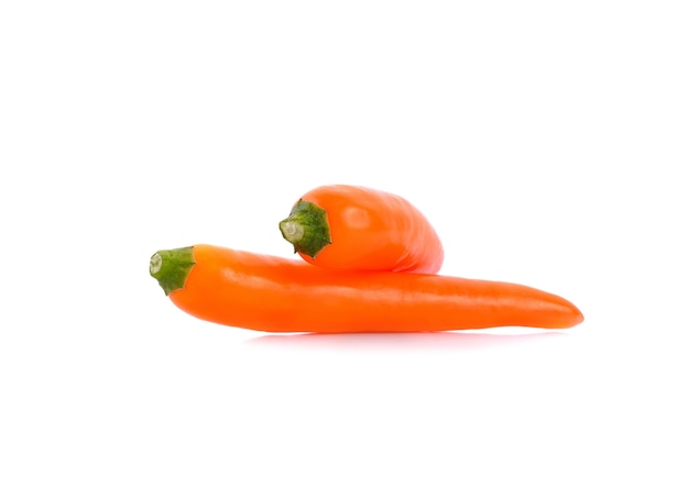 Spaanse peper op wit