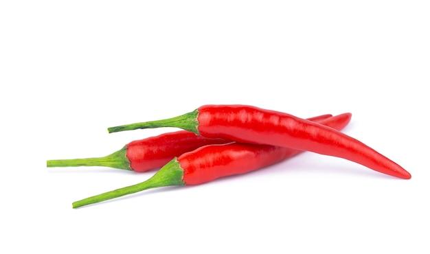 Spaanse peperpeper op wit