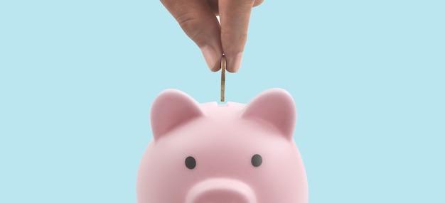 Spaarvarken en financiën geld besparen