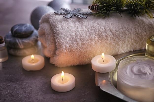 Spabehandeling met kerstversiering